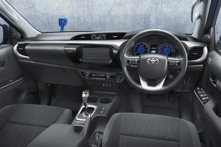 トヨタ 新型ハイラックス