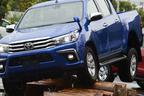 トヨタ 新型ハイラックスの四駆性能はまるでランクルレベル!?タイ製ピックアップを速攻試乗