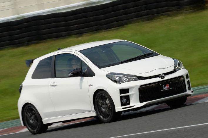 トヨタがプリウスPHVやマークXまでスポーツモデルに!GRシリーズに試乗してその特徴に迫る!