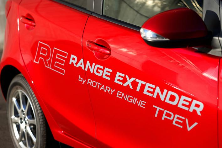 マツダが2019年にロータリーエンジン復活を決定