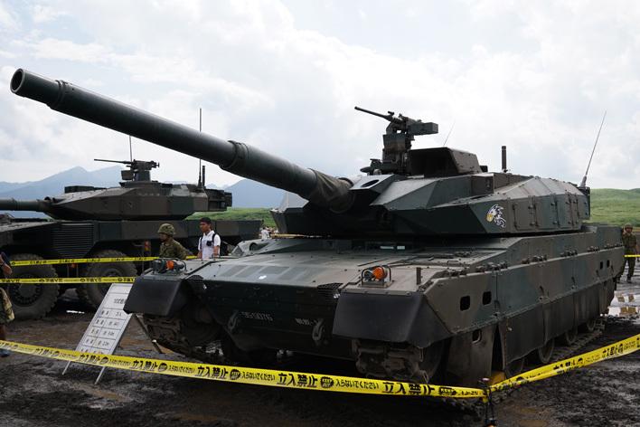 10式戦闘車03