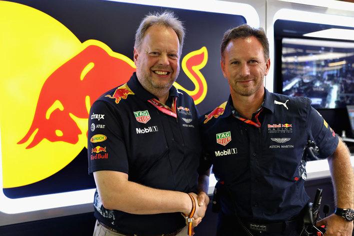 アストンマーティン・レッドブル・レーシングが2018年シリーズより始動