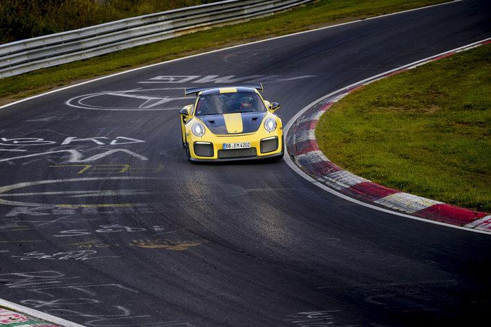 ポルシェ911 GT2 RSが6分47秒3でポルシェ911の歴代最速タイムをマーク