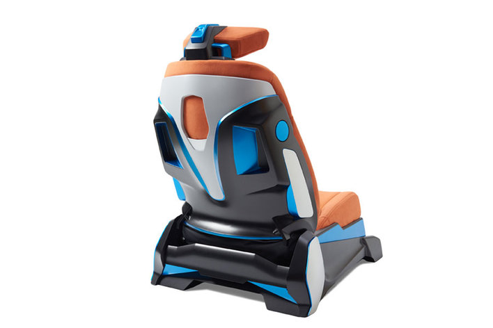 東京モーターショーに「運転しながら エクササイズ」できるシートが登場!