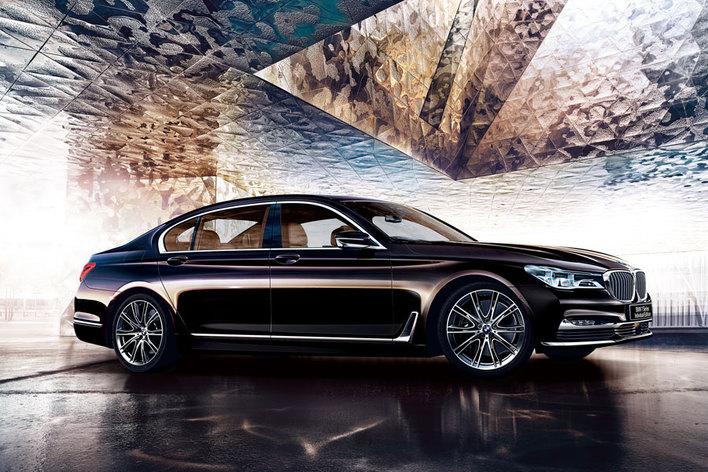 BMW 750Li インディビジュアル エディション