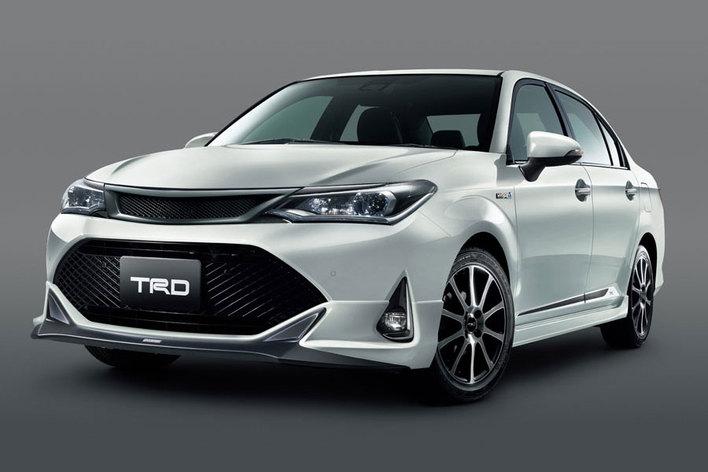 トヨタ 新型カローラアクシオ(TRD)