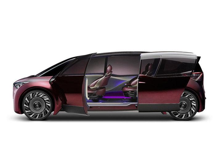 トヨタの燃料電池自動車「Fine-Comfort Ride」