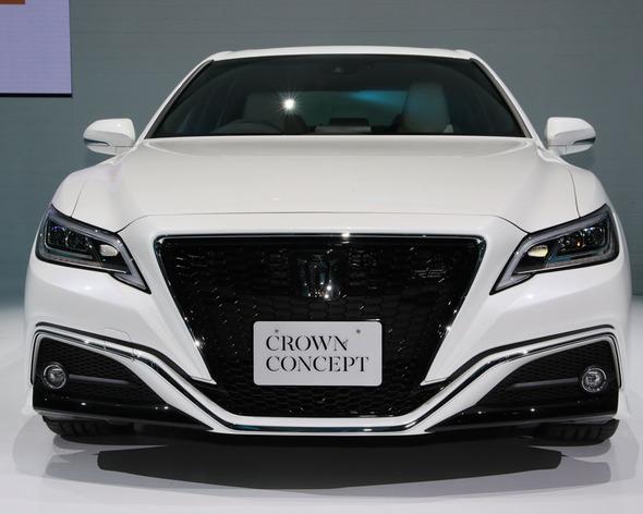 トヨタの新型クラウンがアグレッシブなデザインに一新!走りを予感させる上級セダンに生まれ変わる【東京モーターショー2017】