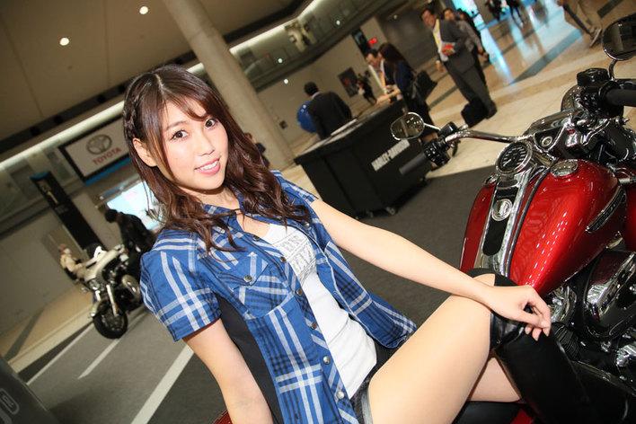 東京モーターショー2017 コンパニオン ハーレーブース