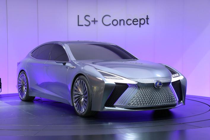 新型が登場したばかりのレクサスLSの次期モデル「+」の意味とは!?【東京モーターショー2017】