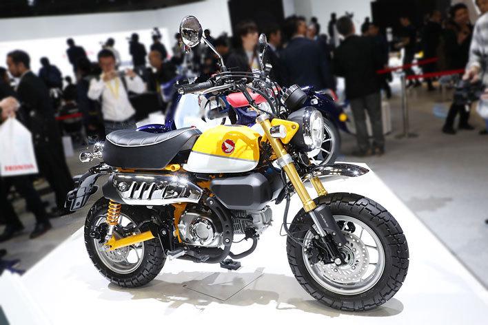 ホンダ モンキー125 生産終了したホンダを代表する原チャが125ccになって復活!?【東京モーターショー2017】