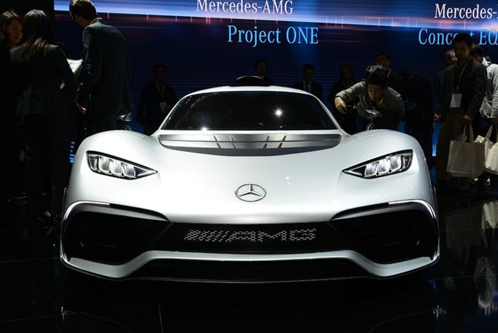 1000馬力越えのAMGプロジェクトワン/コンパクトカー電動EQ コンセプトEQAが日本上陸!【東京モーターショー2017】