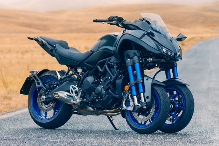 ヤマハ 三輪バイク「NIKEN」