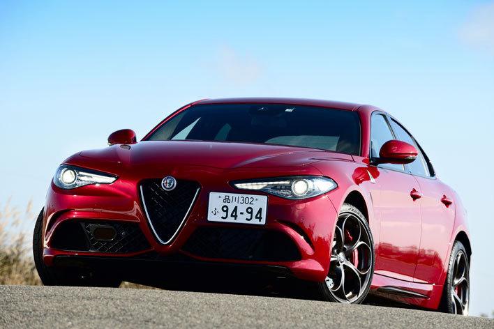 Alfa Romeo GIULIA QUADRIFOGLIO(アルファ ロメオ ジュリア クアドリフォリオ)[FR]