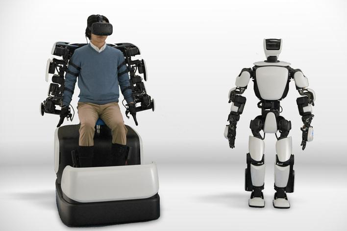 トヨタ、第3世代のヒューマノイドロボットT-HR3を発表