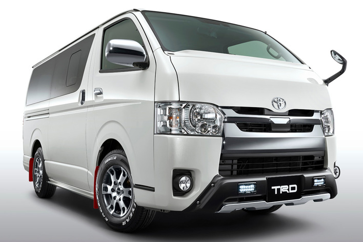 トヨタ新型ハイエース/TRDパーツ