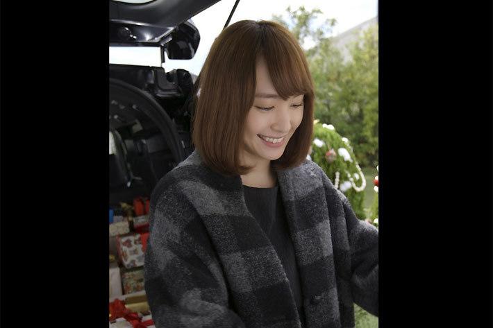 トヨタの#ブラックフライデー動画に出演する新垣結衣さん
