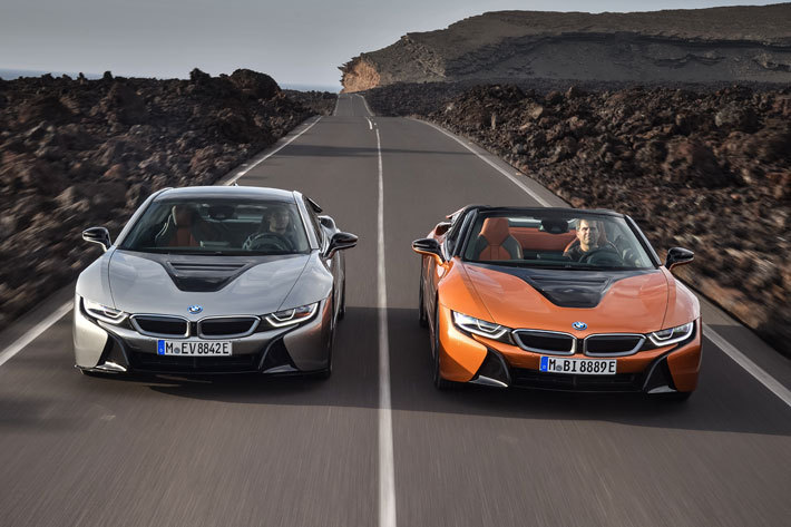 BMW i8ロードスター・i8クーペ