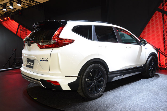 ホンダ 新型CR-V[2018年発売予定]「CR-V CUSTOM Concept」(参考出品)【東京オートサロン2018】