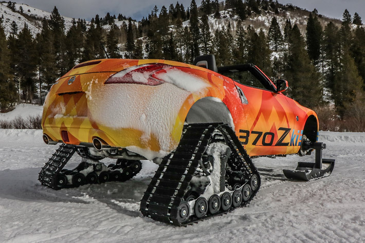 日産 フェアレディZ ロードスターのスノーモービル「370Zki」