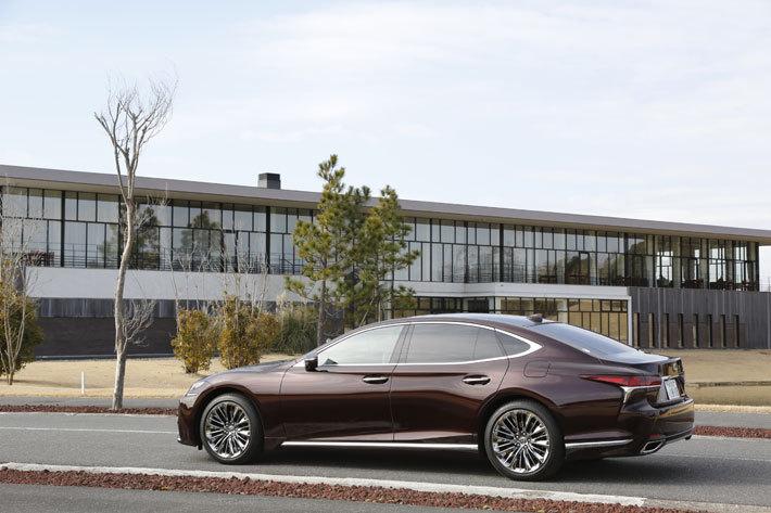 """レクサス 新型LS500 """"EXECUTIVE""""[AWD・V6 3.5リッターツインターボ/ボディカラー:ソニックアゲート]"""