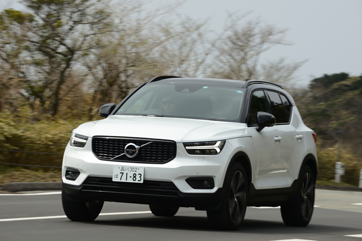ボルボ XC40 T5 AWD R-DESIGN 1ST EDITION