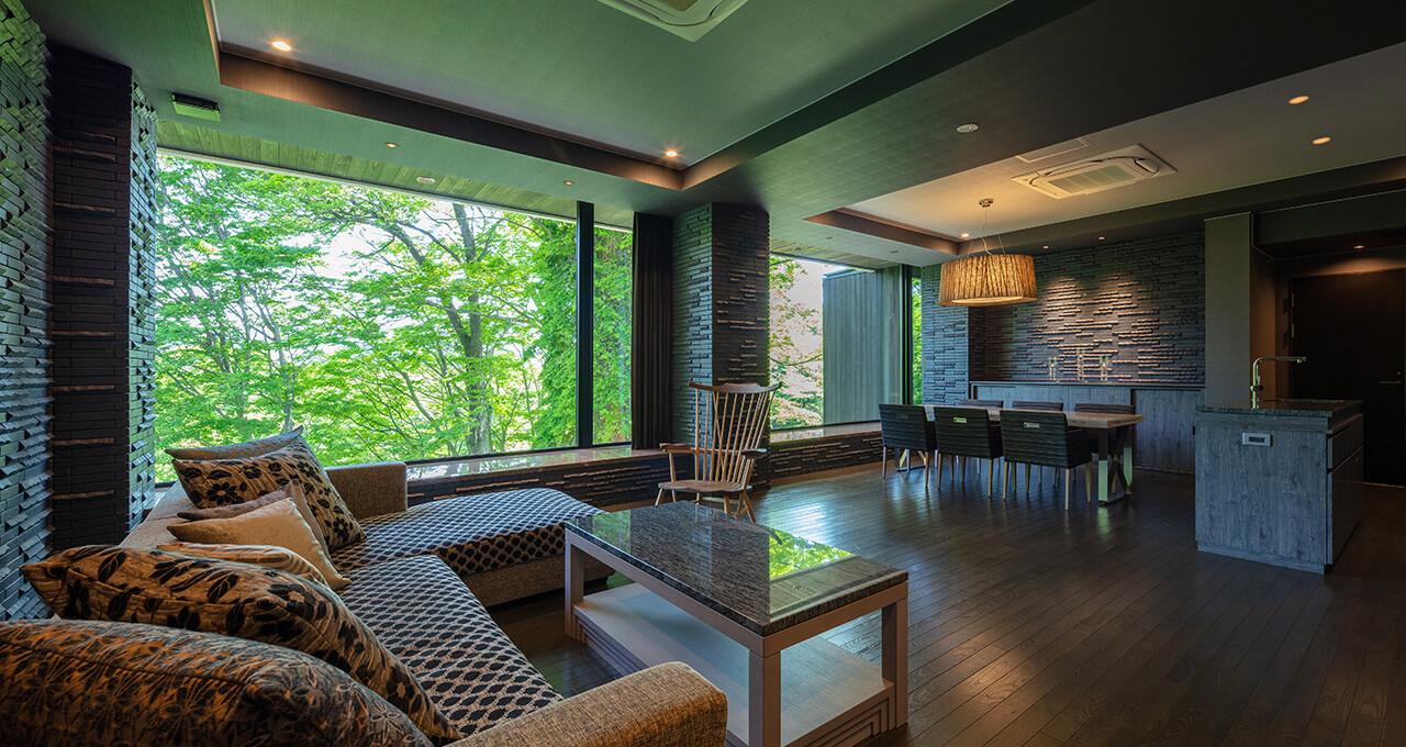 静謐に包まれた14室 「森の別邸」でプライベートな寛ぎを