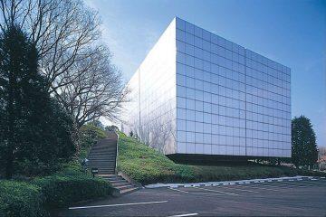 公益財団法人池田20世紀美術館