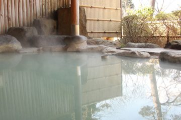 MOTAおすすめ  4つの泉質で選ぶ 箱根温泉の露天風呂付き高級旅館