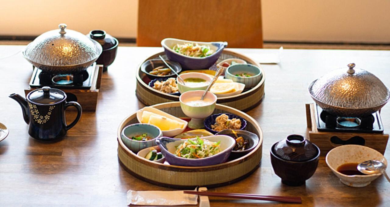 MOTAおすすめ 部屋食でゆったり食事が楽しめる露天風呂付き高級旅館6選